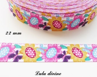 Ribbon flower in the Center with white dots Butterfly 22 mm white grosgrain sold by 50 cm