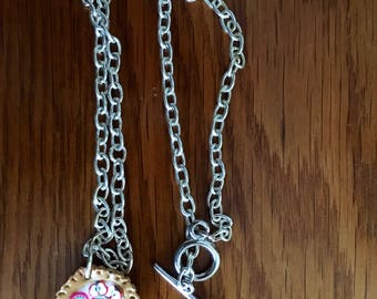 Pie necklace