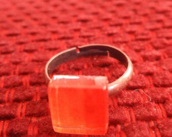 DARK ORANGE GLASS RING