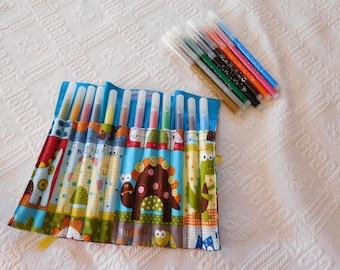 Has felt pencil case wrap fabrics dinosaurs.