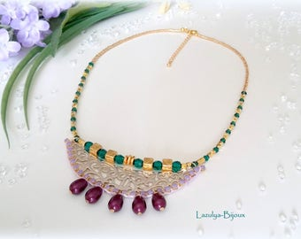 "Ethnic necklace chest ""Cleopatra"" - pearls, Swarovski Emerald & Cassis-rhinestone chain"