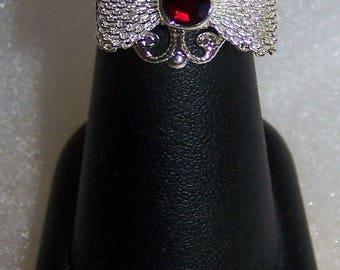 fancy filigree bow red rhinestone ring