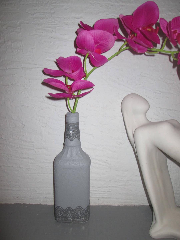 bouteille en verre soliflore objet de d coration bouteille. Black Bedroom Furniture Sets. Home Design Ideas