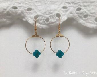 Customizable clover earrings