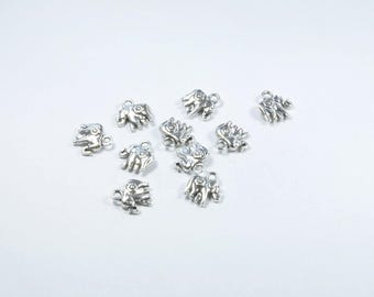 BR597 - Set of 10 silver tone elephant charms
