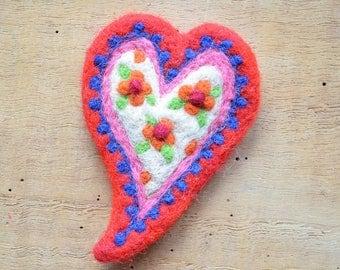 """Woolen brooch """"red folklore heart mountain"""""""