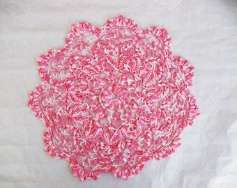 DOILY pink changing crochet