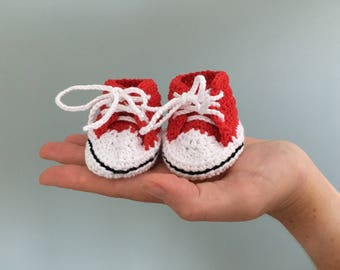 Crochet red baby shoes, all star sneakers, converse style