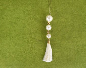 Three Pearl Necklace White
