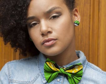 Bow tie set + Green button earrings: accessory in wax