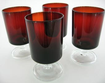 4 vintage Luminarc Cavalier Ruby Red stemmed glasses