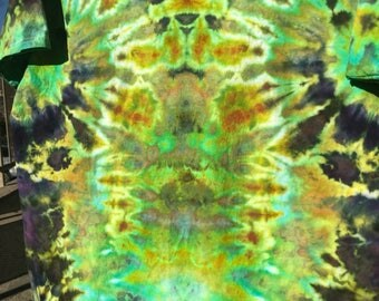 Size XL ice dyed, psychedelic profile T-shirt