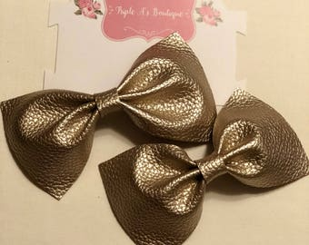 Set of bows/ soft gold