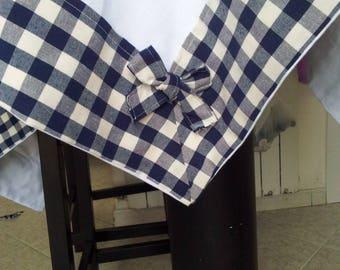 Bordered tablecloths