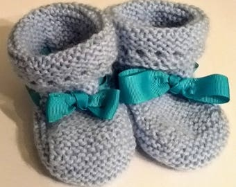 Blue Ribbon Baby Booties // Baby Boy booties // Baby Shower Gift // Baby Boy Gift //  Newborn gift // Baby Gift