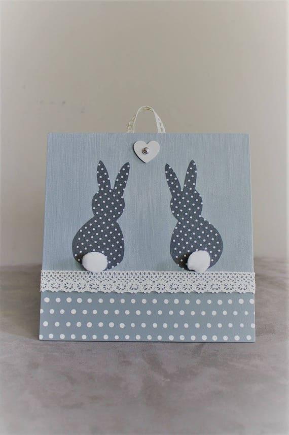 tableau petits lapins et pompons en tissu et dentelle. Black Bedroom Furniture Sets. Home Design Ideas