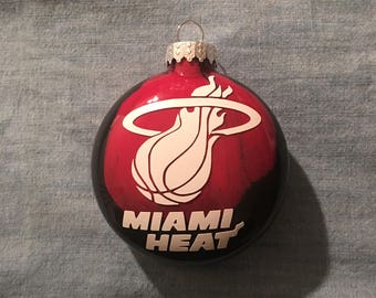 One (1) Miami Heat Glass Painted Ornament.Great, unique gift for any basketball fan! Any team can be m