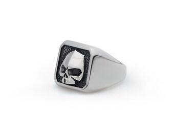 """Skull Ring """"MASTER"""" - Silver 925 Handmade"""