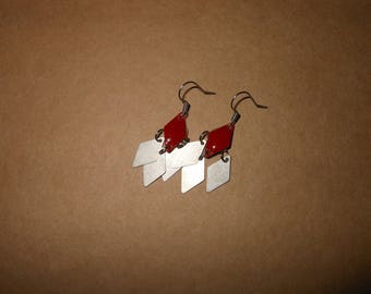 dangle earrings silver and Burgundy