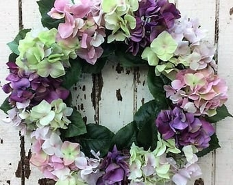 Simple and Elegant Hydrangea Wreath with Mauve/Pink, Green/Pink, Orchid/Purple Hydrangeas