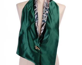Green stole in duchesse silk lined-stoles in duchesse and silk