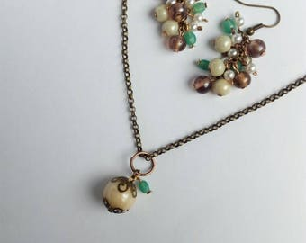 Pendant necklace beige, bridal blue green jewelry, shabby chic jewelry, bohemian wedding, turquoise jewelry, chain necklace, gift for her