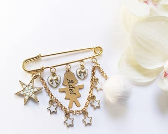 Unique Baby Gift, New Baby Gift, Personalized Baby Gift, Stroller Pin, Engraved Name, Baby Brooch, Large Gold Brooch