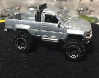 Custom Bare Metal Hot Wheels 2017 Hot Trucks Series '87 Toyota