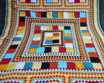 Hand made Crochet Blanket (152 x 100 cm / 60 x 39 inches)