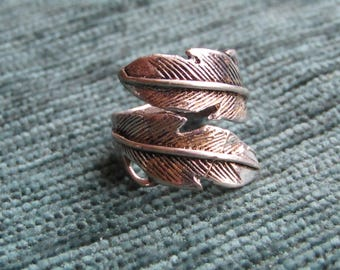 Double ring Indian feather charm and gold adjustable