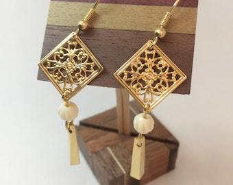 Modern style Japanese Earring (piercing)