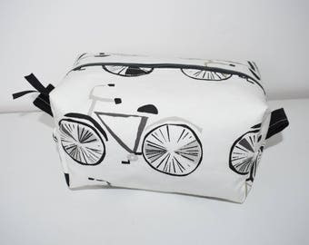 Bicycle - Waterproof Lining - Zipper - Box Pouch - Was Bag - Travel Accessory - Easter Gift - Spring Present - Valentine's Gift - Men's Wash
