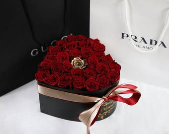 Eternity Long Lasting Roses, Real Roses that last a year, Luxury Handmade Box of Roses, Red and Gold Roses in Luxury Heart Hat box
