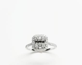 18k White Gold Engagement Rings