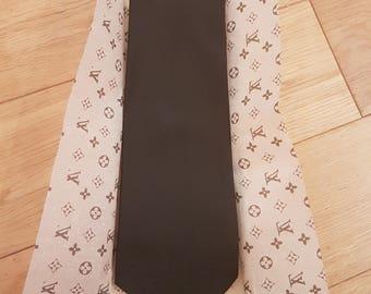Louis Vuitton Tie LV Pure Woven Silk Signature Vintage Designer Necktie. Made In Italy