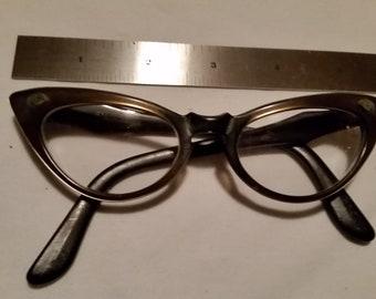 Vintage CAT EYE FRAME Glasses