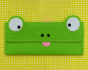 Frog Long Pouch