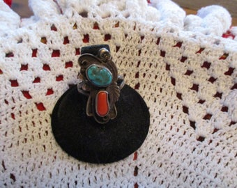 Vintage Navajo Turquoise and coral ring size 8.5 weight 7.2 grams, sterling silver