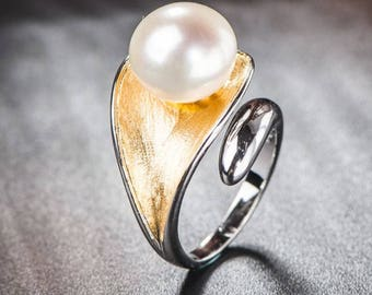 925 stamped sterling silver 12mm freshwater pearl on a leaf adjustable ring