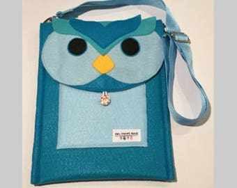 Teal Owl Travel Bag