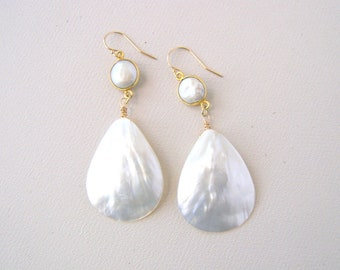 Large White Shell Earrings, Freshwater Pearls, Gold Vermeil and Pearl, Bold Fashion Earrings, Beach Wedding Vacation Earrings, Large Shells