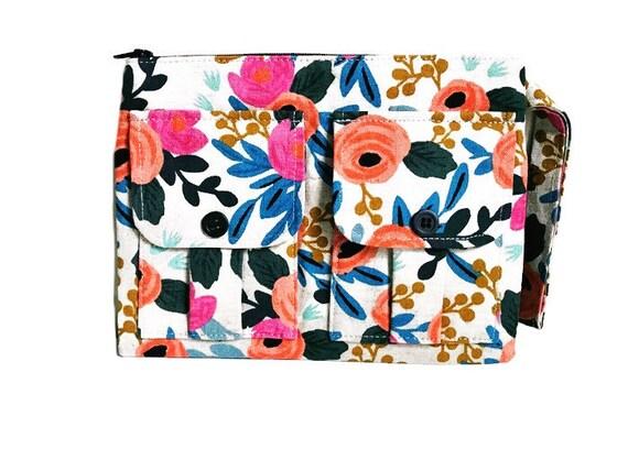 Floral Wristlet Wallet, Wristlet Purse, Cell Phone Wristlet, Women's Fabric Wallet