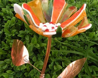 Glass Garden Stake Flower Yard Art in Orange with Copper Stem & Leaves