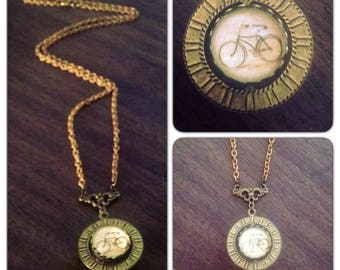 Bicycle Spinner Necklace// Bike  - Solid Brass chain  - Spinner - vintage style jewelry - gift for girlfriend under 40 - under 50