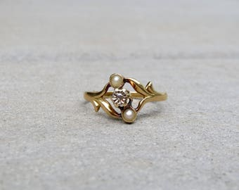 RARE Nouveau Jugendstil French 18k Pearl and Diamond Ring