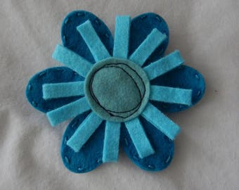 Wool Felt Flower Brooch - Blue and Turquoise