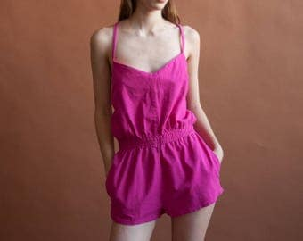 fuschia pink cotton colorblock halter romper / 80s short jumpsuit / vintage playsuit / s / 1832d