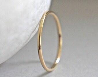 Solid 14K Gold Ring, Solid Gold Ring, Solid Gold Band, Smooth Gold Stacking Ring, 14K Gold Wedding Ring, 16 Gauge Gold Ring, Thin Gold Ring