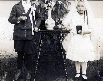 vintage photo 1916 Paul & Opal Lambrecht Montana Children First Communion RPPC