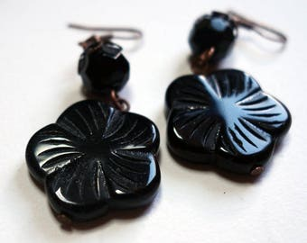 Grisette black Daisy earrings